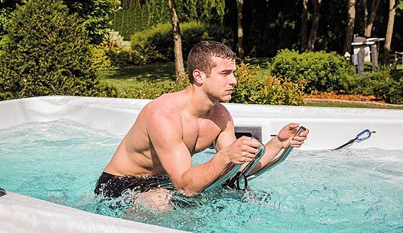swimspa aquabike